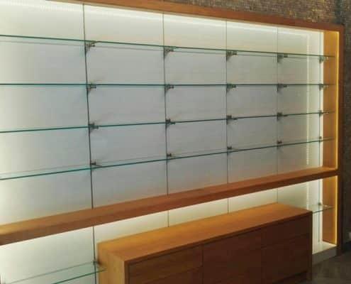 instalación de estanterías expositoras comerciales
