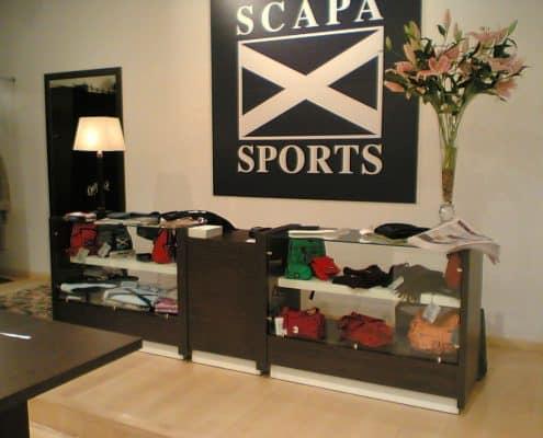 Mostrador para tienda de deportes
